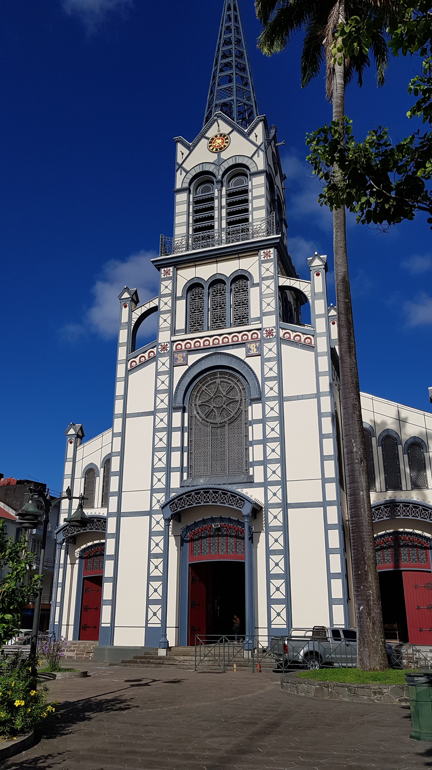 cathedrale_st_louis-1562762178.jpg